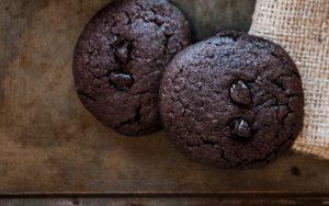 Kakaolu Çikolatalı Kurabiye Tarifi
