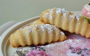 Margarinsiz Tatlı Kurabiye Tarifi