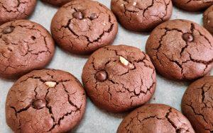 Sıvı Yağlı Kakaolu Kurabiye Tarifi