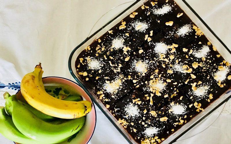 Bitter Çikolatalı Islak Kek Tarifi