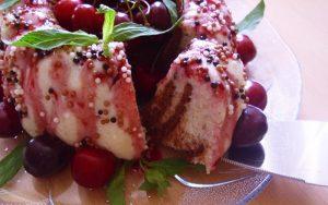 İrmikli Krem Şantili Bisküvili Pasta Tarifi