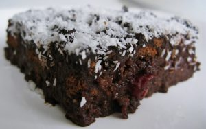 Ufalanmış Bisküvili Pasta Tarifi