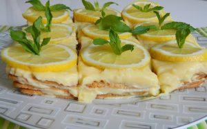 Yulaflı Bisküvili Muhallebili Pasta Tarifi