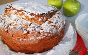 Bayatlamayan Elmalı Kek Tarifi