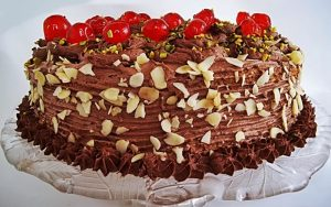 Bitter Çikolatalı Pasta Tarifi