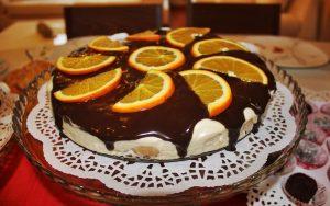 Çikolata Soslu Kedi Dili Pasta Tarifi