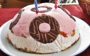 Dondurmalı Yaş Pasta Tarifi