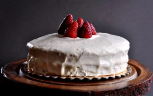 Glutensiz Yaş Pasta Tarifi