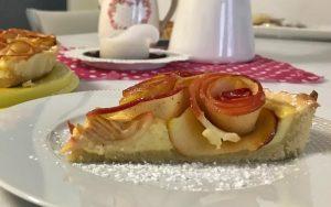 Gül Şeklinde Elmalı Pasta Tarifi