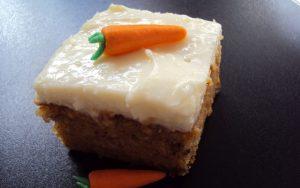 Havuçlu Tarçınlı Kremalı Kek