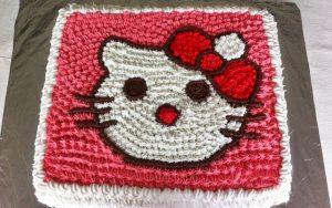 Hello Kitty Yaş Pasta Tarifi