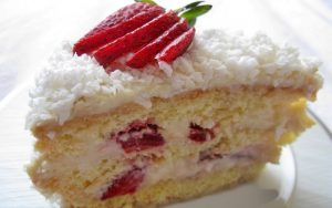 Hindistan Cevizli Yaş Pasta Tarifi