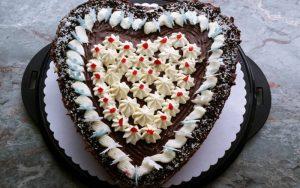 Kalpli Çikolatalı Pasta Tarifi