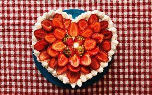 Kalpli Yaş Pasta Tarifi