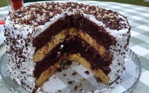Katlı Yaş Pasta Tarifi
