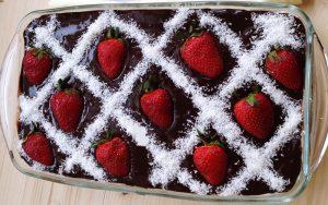 Muhallebili Çikolatalı Pasta Tarifi