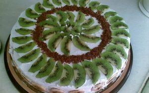 Muzlu Kivili Yaş Pasta Tarifi