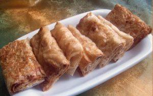 Baklavalık Yufkadan Sodalı Börek Tarifi