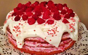 Kremalı Doğum Günü Pastası Tarifi