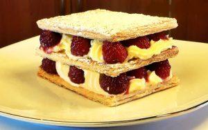 Milföylü Kremalı Pasta Tarifi