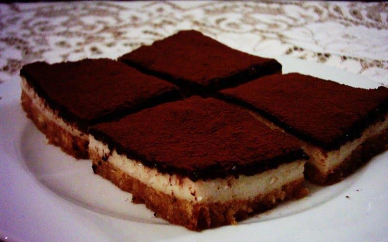Çikolata Soslu Krem Şantili Etimek Tatlısı Tarifi