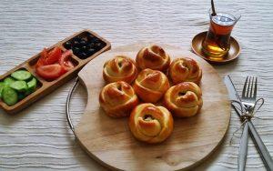 Peynirli Gül Poğaça Tarifi