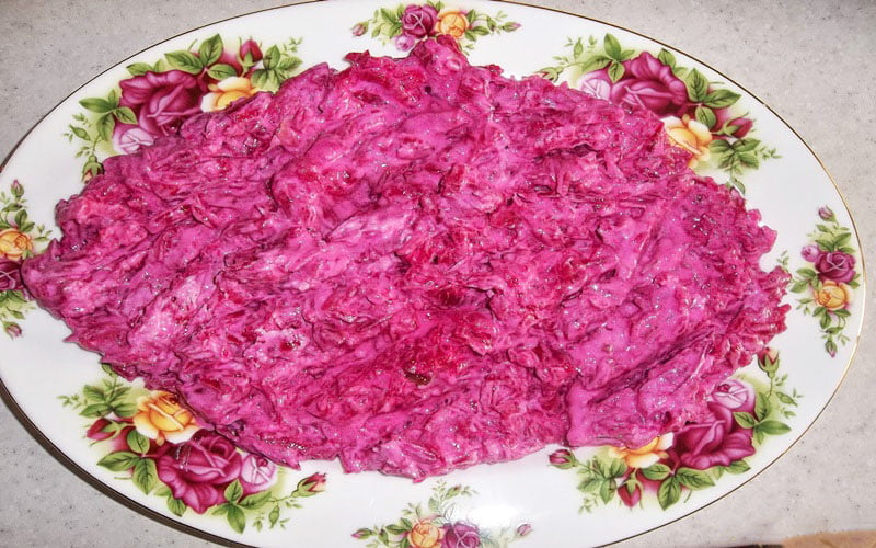 Yoğurtlu Şalgam Salatası Tarifi