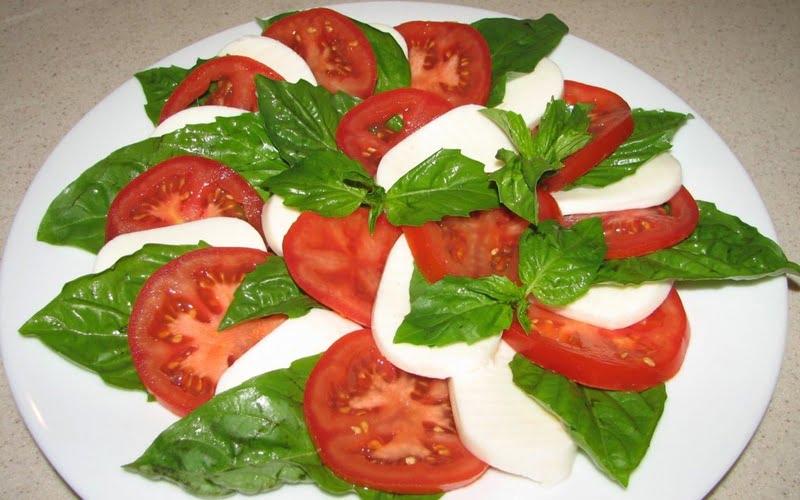 Caprese Salata Tarifi