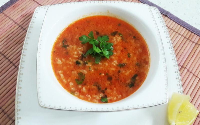 Tavuk Suyuna Pirinç Çorbası Tarifi