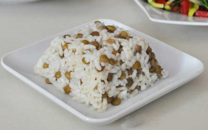 Yeşil Mercimekli Pirinç Pilavı Tarifi